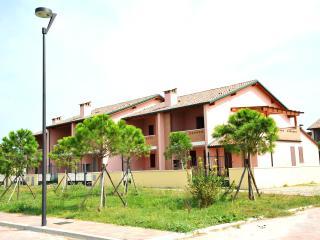 Appartamento con balcone-Lido delle Nazioni - Lido delle Nazioni vacation rentals