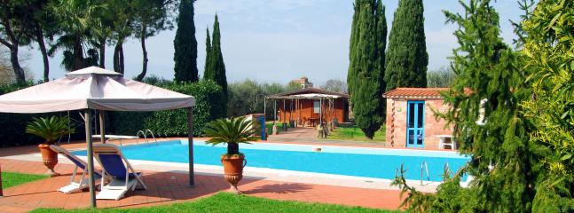 Nice B&B with Internet Access and Outdoor Dining Area - Capaccio vacation rentals