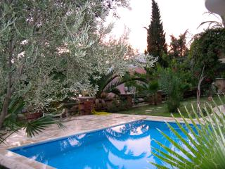 Beautiful 2 bedroom Apartment in Kalkan with A/C - Kalkan vacation rentals