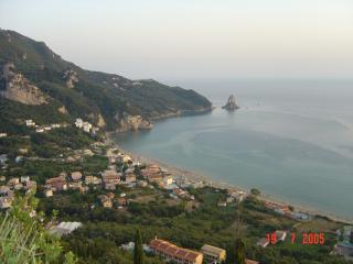 Comfortable Condo with Garden and Short Breaks Allowed - Agios Gordios vacation rentals
