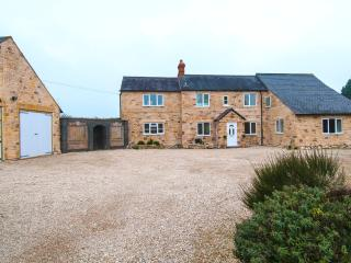 11 bedroom House with Internet Access in Long Hanborough - Long Hanborough vacation rentals