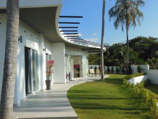 Amazing Feng Shui luxury 3-BR Villa 200 sqm - Rawai vacation rentals