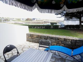 Very nice apartment, ground floor, sea view - Ploemeur vacation rentals
