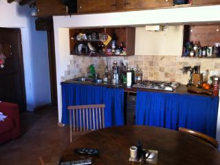 Casa indipendente a Torre Di Palme - Altidona vacation rentals