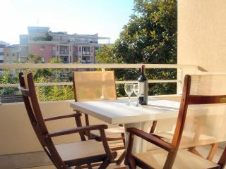 Stylish French Riviera holiday apartment in Menton - Menton vacation rentals