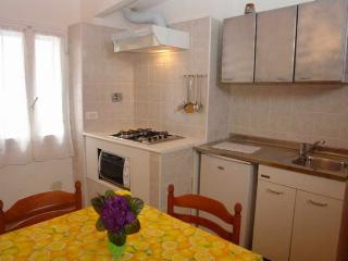 Nice Townhouse with Iron and Hair Dryer - Gazzelli vacation rentals