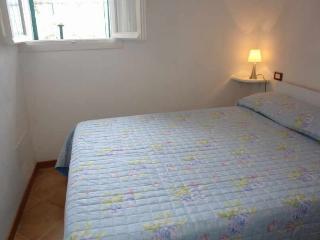 2 bedroom Condo with Iron in Gazzelli - Gazzelli vacation rentals