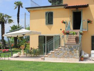 2 bedroom Condo with Internet Access in Bardolino - Bardolino vacation rentals