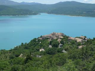 Bright 1 bedroom Condo in Sainte-Croix-du-Verdon - Sainte-Croix-du-Verdon vacation rentals
