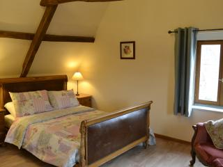 Nice Farmhouse Barn with Internet Access and Satellite Or Cable TV - Ergny vacation rentals