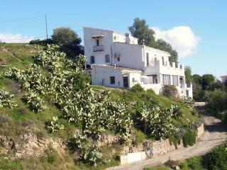 4 bedroom Villa with Internet Access in Bedar - Bedar vacation rentals