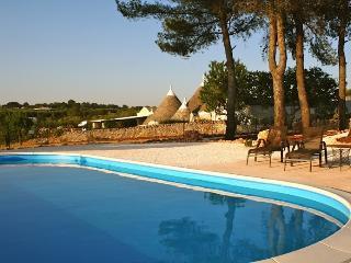AFFITTO LAMIA SUITE IDEALE PER PICCOLA FAMIGLIA - Ceglie Messapica vacation rentals