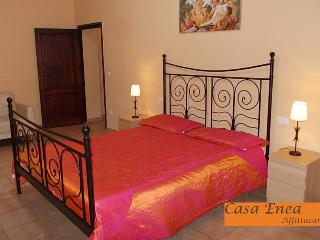 Nice 4 bedroom Apartment in San Giovanni Valdarno - San Giovanni Valdarno vacation rentals