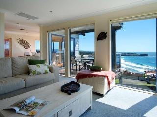 PALMS ON ANTRIM - Kiama vacation rentals