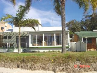 Seaview Crescent, No. 8 - Raymond Terrace vacation rentals