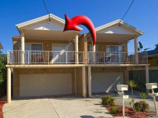 Horace Street, Unit 1/56, PET FRIENDLY - Shoal Bay vacation rentals