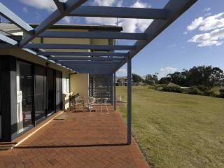Horizons Golf Resort, Villa 107 - New South Wales vacation rentals