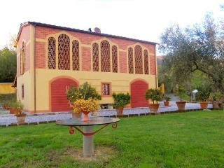 Villino Lucca - Lucca vacation rentals