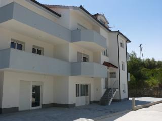 Apartments Stipe 4+2 - Podstrana vacation rentals