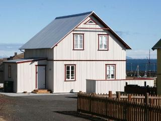 Gorgeous 4 bedroom Vacation Rental in Stykkisholmur - Stykkisholmur vacation rentals