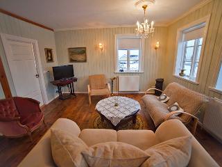 Gorgeous 4 bedroom House in Stykkisholmur - Stykkisholmur vacation rentals