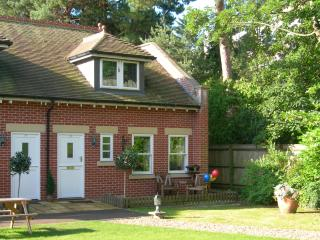Shell  -  3-Bedroomed Mews Cottage - Bournemouth vacation rentals