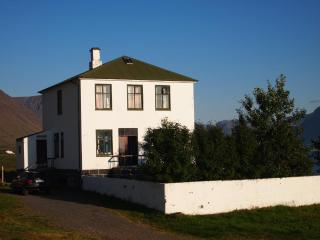 Nice 6 bedroom House in Flateyri - Flateyri vacation rentals
