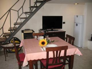 Nice 2 bedroom Argegno Condo with Short Breaks Allowed - Argegno vacation rentals