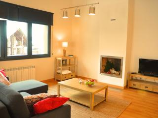 Cozy apartment on the slopes - El Tarter vacation rentals