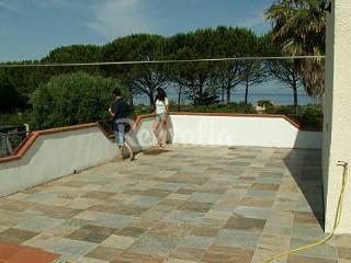 4 bedroom Villa with Internet Access in Sorso - Sorso vacation rentals