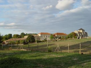 2 bedroom Farmhouse Barn with Internet Access in Merignac - Merignac vacation rentals