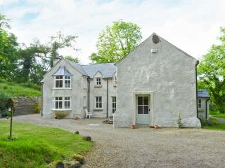 GLEN ALTO, woodburner & open fire, pet-friendly, Sky TV, beautiful woodland setting, near Inistioge, Ref. 30503 - Campile vacation rentals