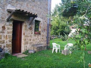Mare e montagna in Sicilia: Cefalu' Gibilmann - Gratteri vacation rentals