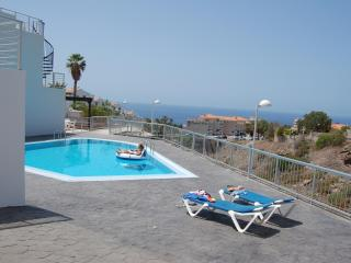 2 bedroom House with Shared Outdoor Pool in Callao Salvaje - Callao Salvaje vacation rentals