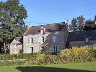 Stunning 18thC Breton Farmhouse 5m Blavet  River - Baud vacation rentals
