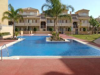 Cozy Condo in Los Alcazares with A/C, sleeps 6 - Los Alcazares vacation rentals