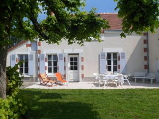 3 bedroom House with Internet Access in Nohant-en-Goût - Nohant-en-Goût vacation rentals