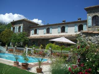 Stunning views and heated pool - Lodeve vacation rentals