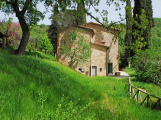 Comfortable Condo with Internet Access and Dishwasher - Anghiari vacation rentals