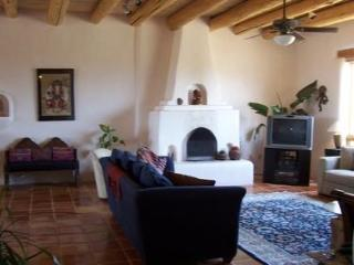 Great house with outstanding mountain views and a exterior hot tub. - Taos vacation rentals