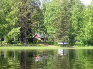 Perfect 3 bedroom Cottage in Gastrike Hammarby - Gastrike Hammarby vacation rentals