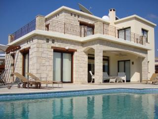 Chilbury Mortimer: FREE CAR-10% Discount Available - Paphos vacation rentals
