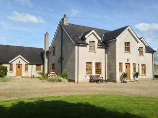 Countryside Retreat Bellisle Spa Coleraine N Coast - Coleraine vacation rentals