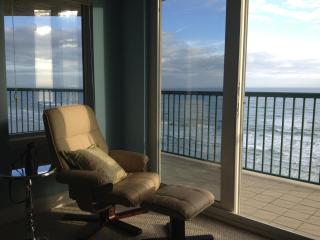 Upscale Oceanfront Condominium  3 Bedr Sleeps 2-8 - Daytona Beach vacation rentals