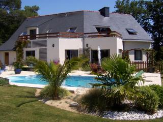 Bright 4 bedroom House in Arradon with Internet Access - Arradon vacation rentals