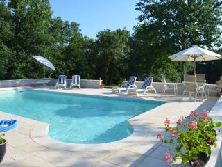 ChezLauney Villa - Duras vacation rentals