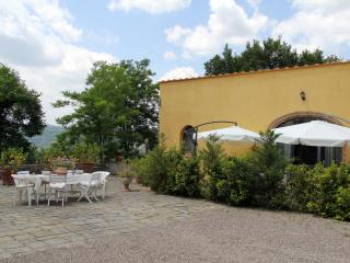 """Le Massucce"" 2 Bedrooms Farmhouse in Chianti - San Casciano in Val di Pesa vacation rentals"