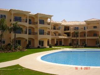 Vilamoura-Algarve-Walking distance to Marina/Beach - Vilamoura vacation rentals