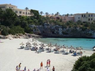 Beautiful Condo with Satellite Or Cable TV and Television - Cala Ferrera vacation rentals