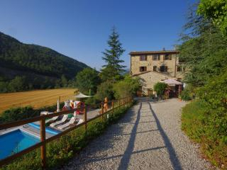 Beautiful Farmhouse Apartments with Pool - Perugia vacation rentals